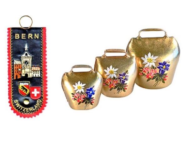 Glocke Bern klein, 4cm Glocke mit 9cm langem Band.