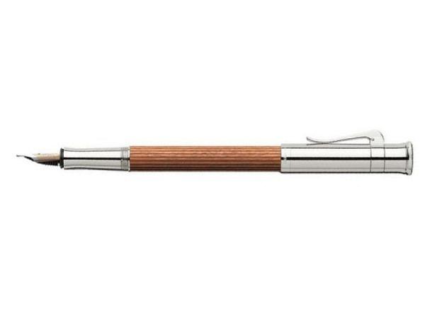 Füllfeder Graf von Faber-Castell Classic Pernambuk M