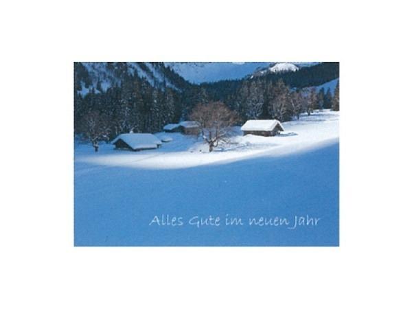Neujahrskarte Art Bula 12,2x17,5cm, verschneites Bergdorf am Waldrand bei Sonnenschein, Doppelkarte mit bedrucktem Einlageblatt, inkl. weissem Couvert mit Spitzklappe