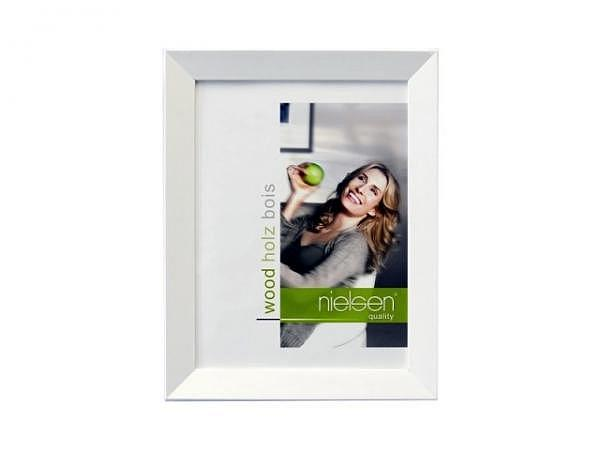Rahmen Nielsen Essential Holz 13x18cm weiss