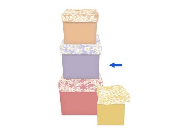 Geschenkbox mit Halterung, Deckel transparenter Kunststoff, Boden blau