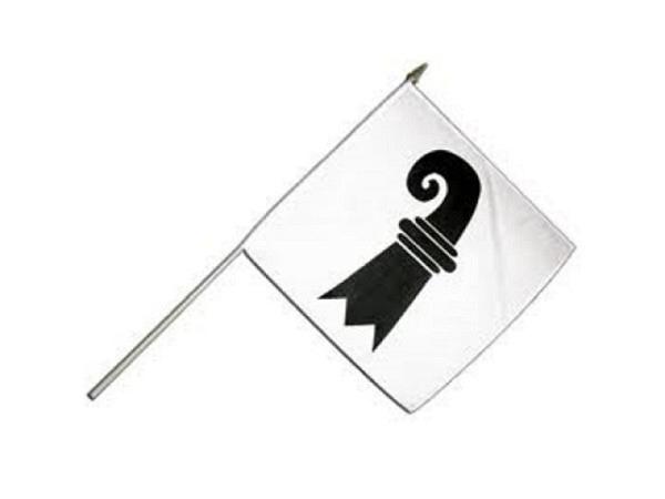 Fahne Basel, befestigt an einem Stab, bedruckt