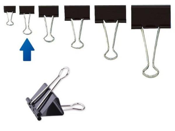 Aktenklammer Foldback schwarz 19mm Klemmbreite, Klemmweite ca. 7mm, mit 2 Bügel verchromt, vielseitig einsetzbar, abklappbare und abnehmbare Bügel. Diese Vielzweckklemme kann zum Papier Zusammenhalten oder zum Aufhängen von Zetteln, Bildern etc. verw..