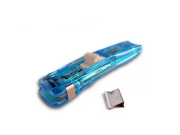 Aktenklammer Alco Dispenser blau für Edelstahlclips Coco, Magazin für 8 Klammern, Clips werden mit der Oeffnung voraus in das hintere Ende des Power Clippers eingefüllt, der Handschieber schiebt den Clip über den Papierstapel
