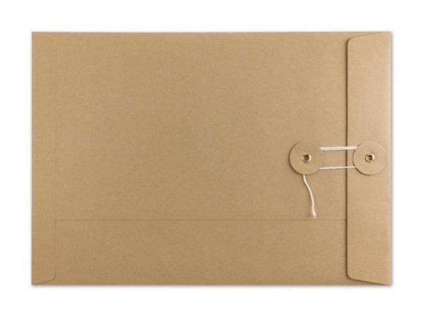Couverts Kraftpapier braun C4 mit Bindfadenverschluss