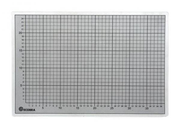 Schneidmatte Ecobra transparent 45x60cm 3mm dick, mit schwarzem Rast..