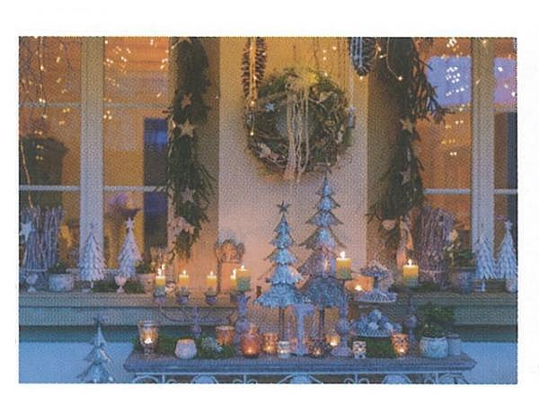 Weihnachtskarte Art Bula dekoriertes Weihnachtsfenster
