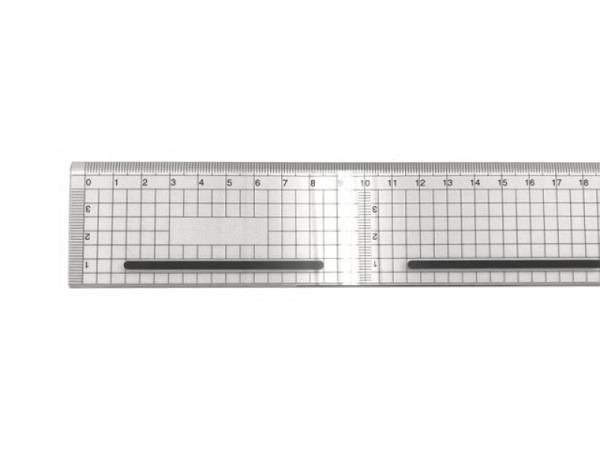 Schneidmassstab transparent 4,5cm breit 30cm lang
