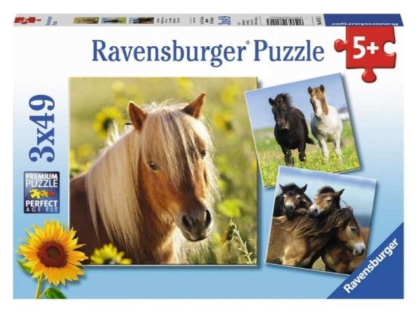 Armband Online Sweet Life grün oder pink, schwarzes Kautschukband mit bunten Perlen und Anhänger aus Metall, Erdbeere oder Glacé
