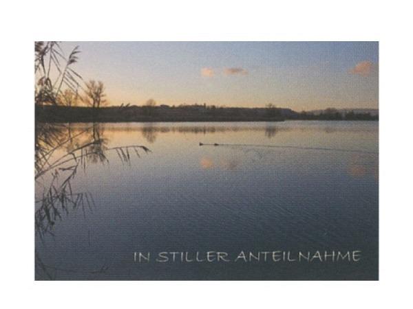 Trauerkarte Art Bula 12,2x17,5cm See im Sonnenuntergang, mit Text, Doppelkarte mit Fotodruck, unbedrucktem Einlageblatt und Couvert