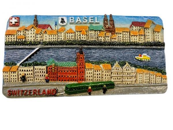Magnet Basel Schifflände mit grünem Trämli im Vordergrund