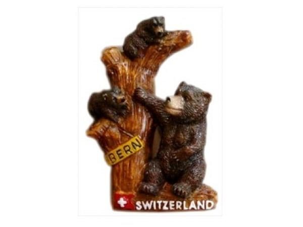 Magnet Bern Bären auf einem Baumstamm, aus handbemaltem Gips